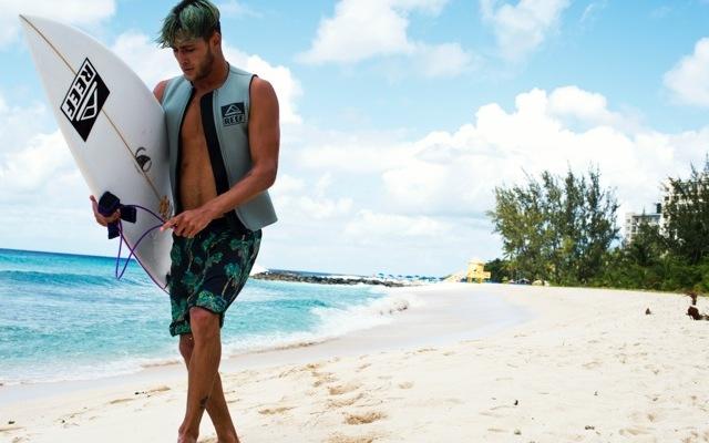 reef surfaris