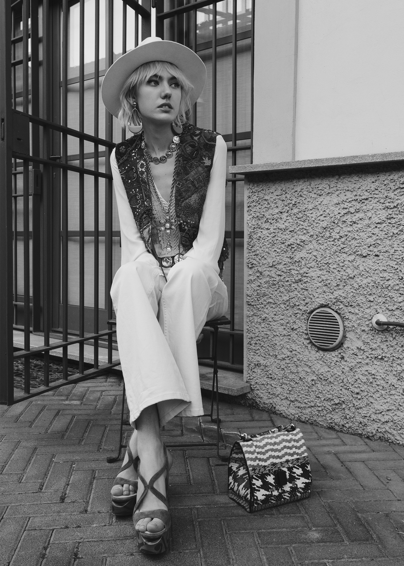 EDITORIAL #15: Back to 70's