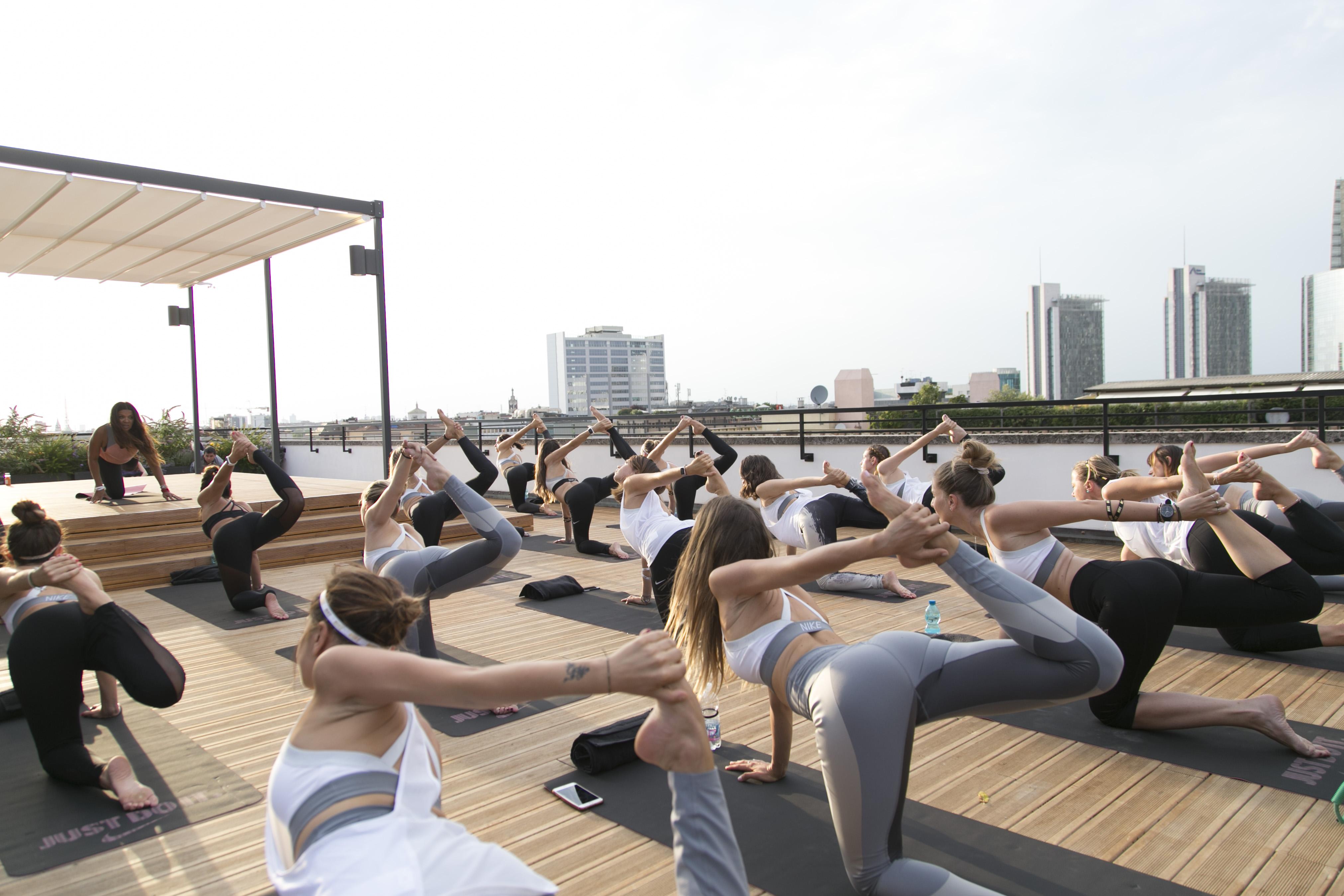 nike_yoga_82