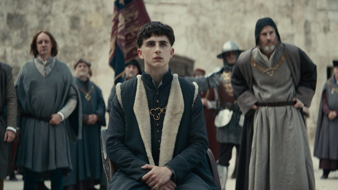 The King - Steven Elder, Timothée Chalamet, Sean Harris - Photo Credit: Netflix